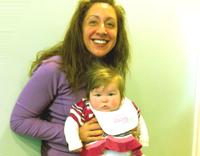 Anne, bebek, �ocuk hakk�nda sorular ve yan�tlar� - Bebeklerin bak�m�nda do�ru ve yanl��lar: Bebe�i kuca�a almak